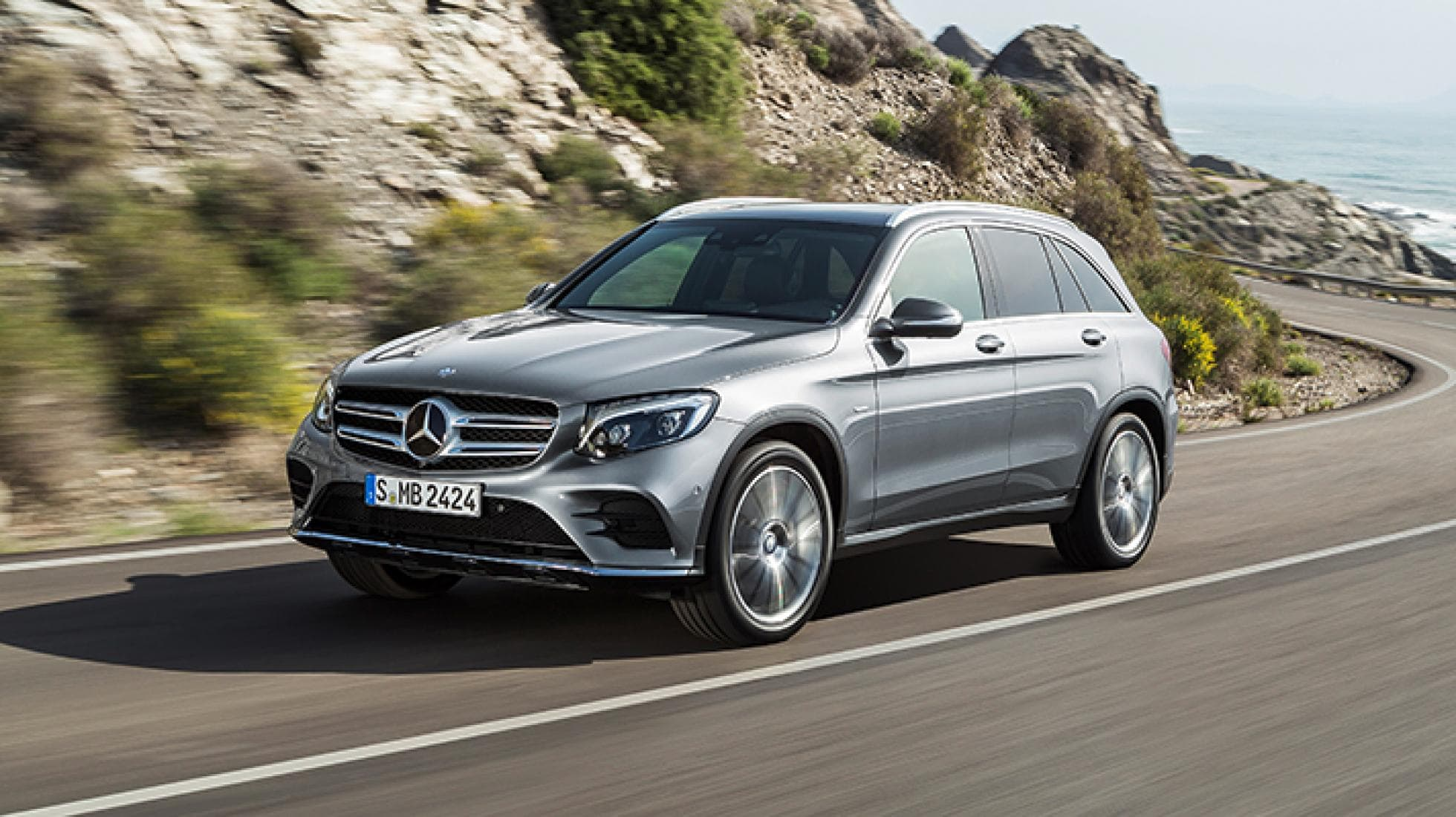 Mercedes GLC widescreen wallpapers