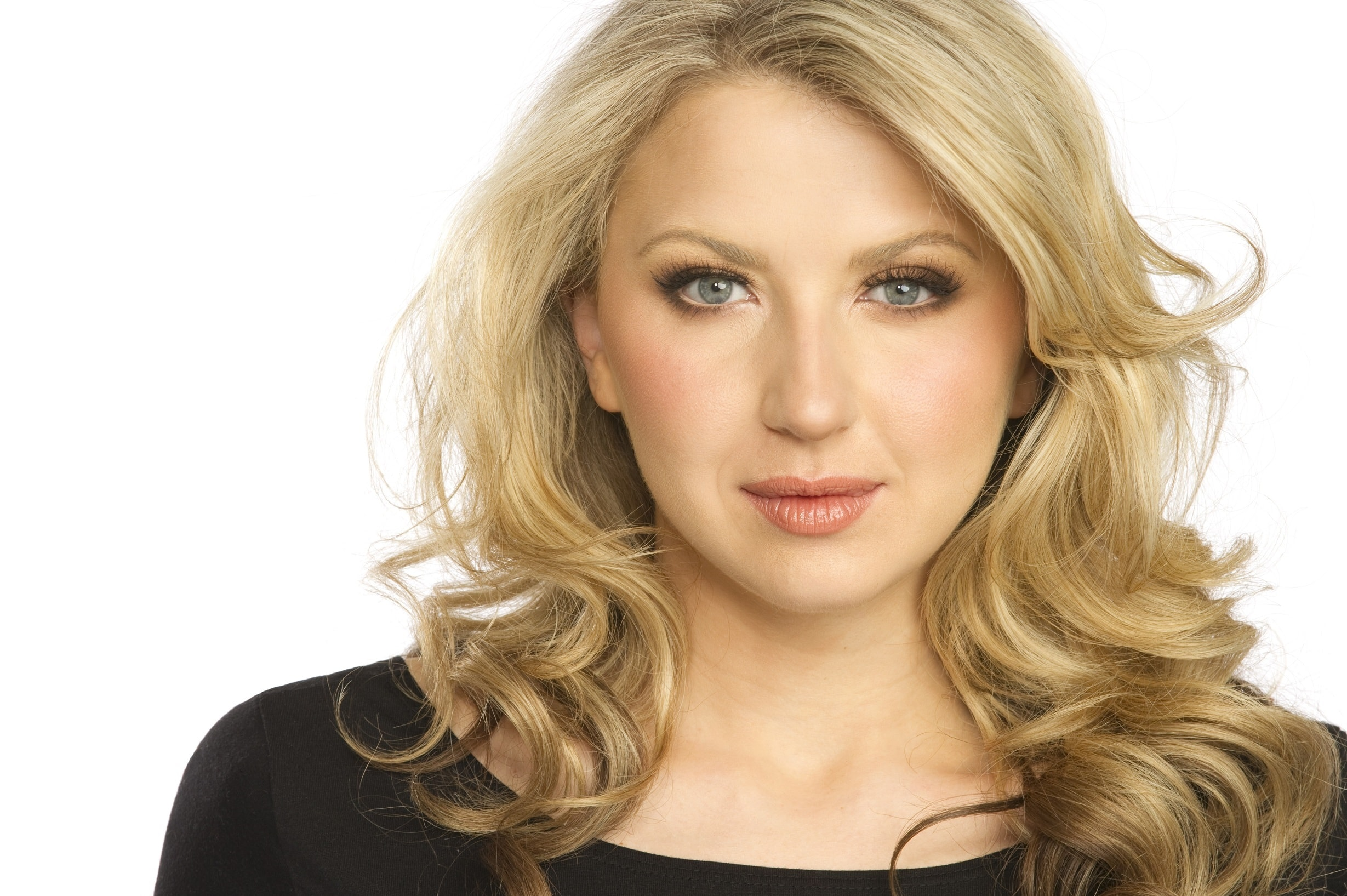 Nina Arianda widescreen wallpapers