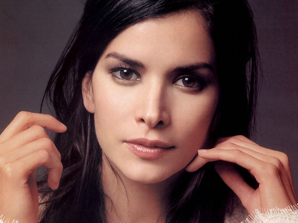 Patricia Velasquez widescreen wallpapers