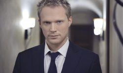 Paul Bettany widescreen wallpapers