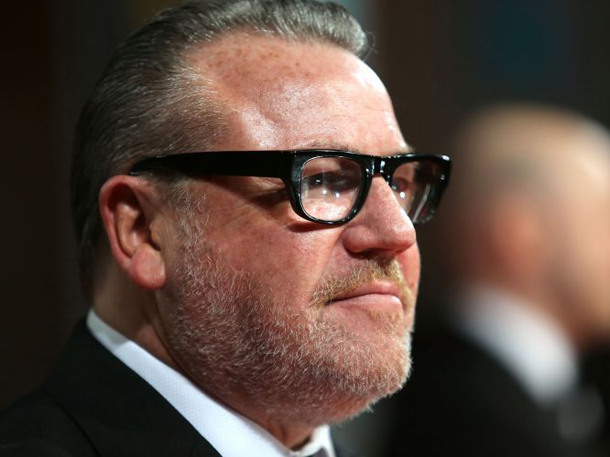 Ray Winstone widescreen wallpapers