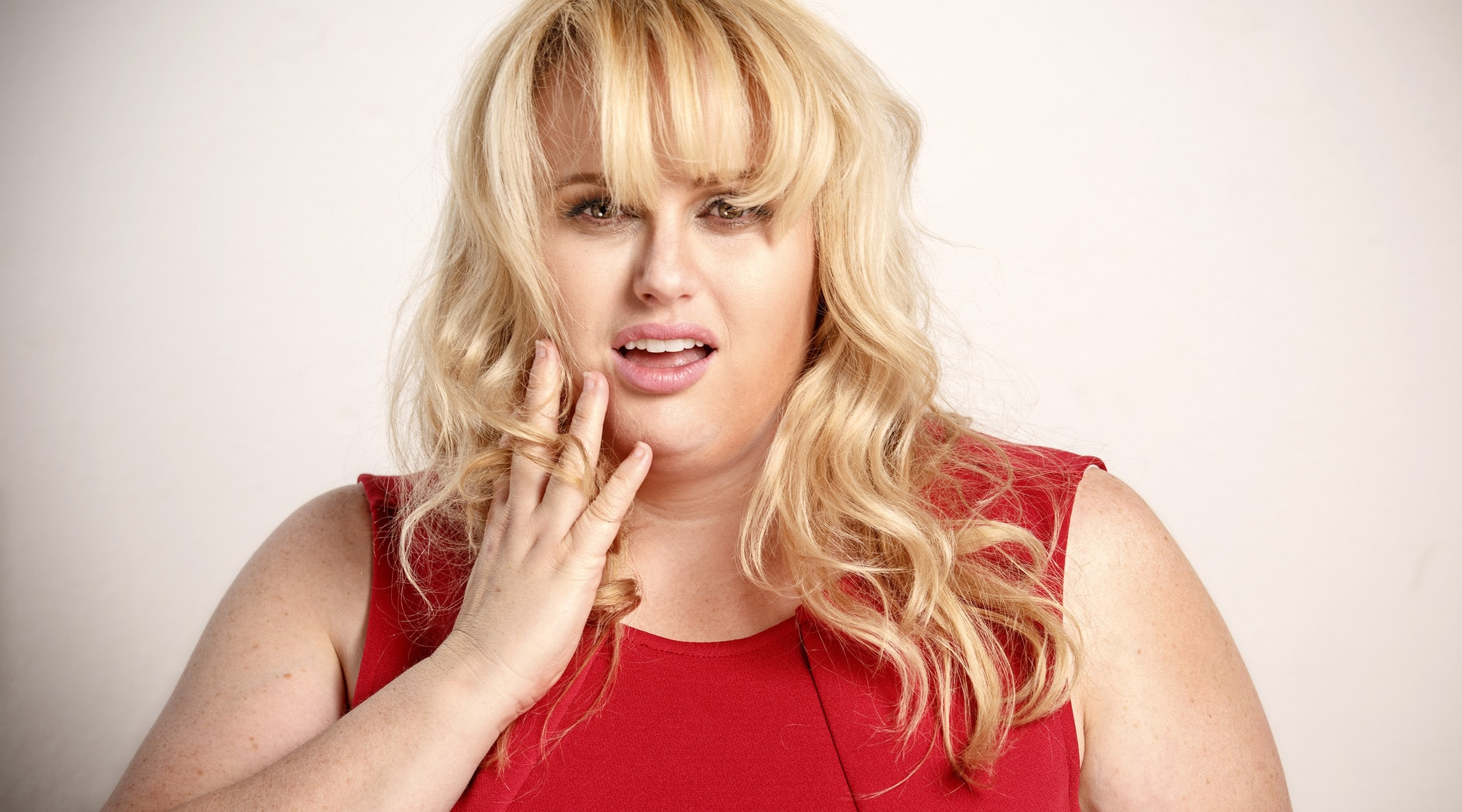Rebel Wilson widescreen wallpapers