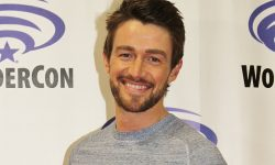 Robert Buckley widescreen wallpapers