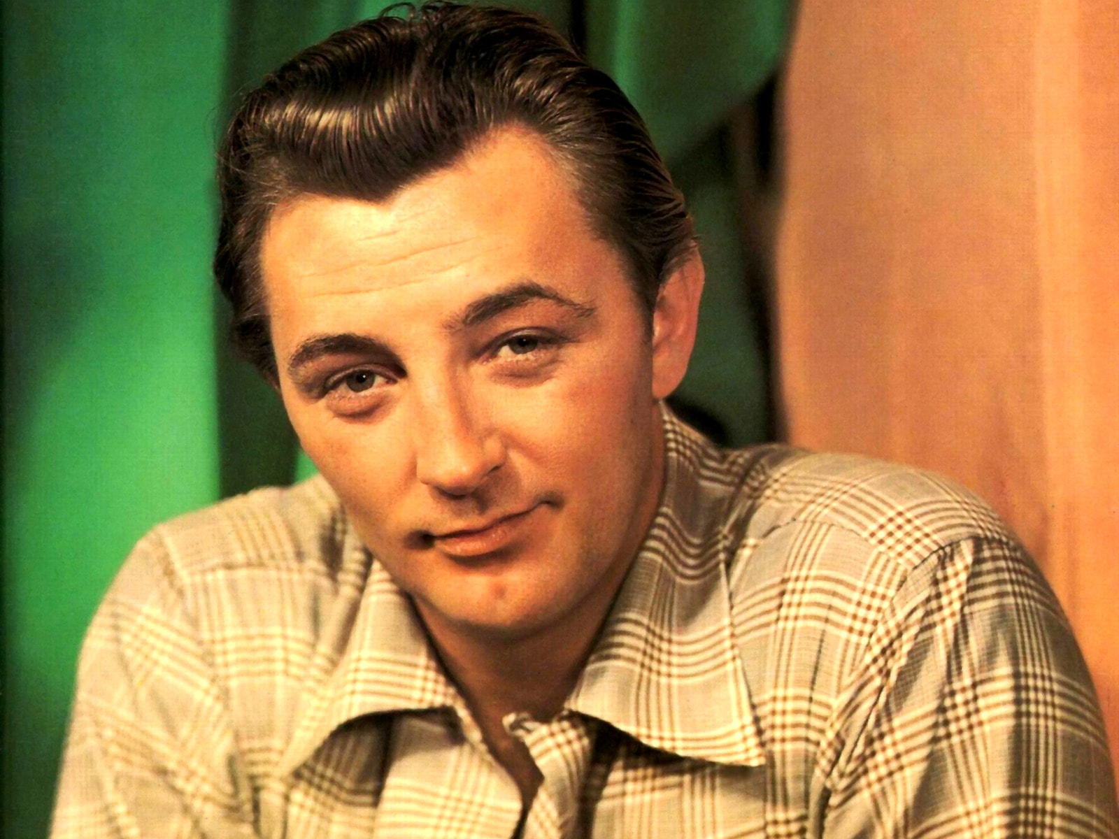 Robert Mitchum widescreen wallpapers