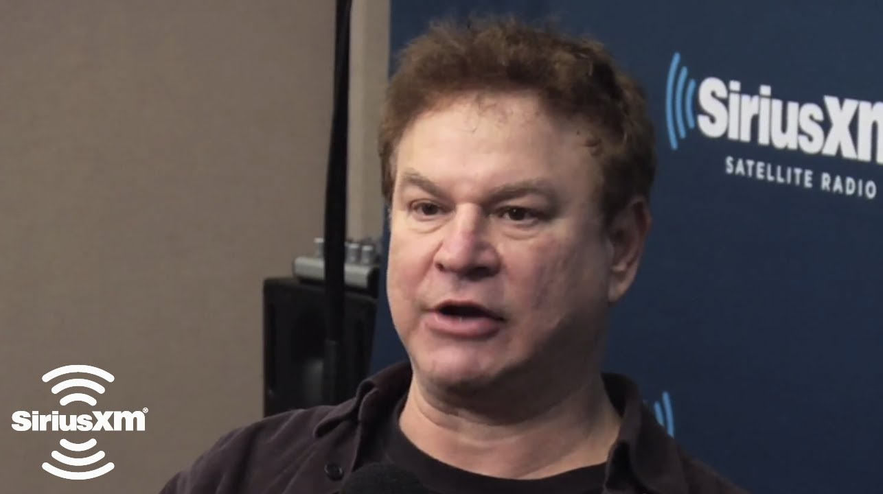 Robert Wuhl widescreen wallpapers
