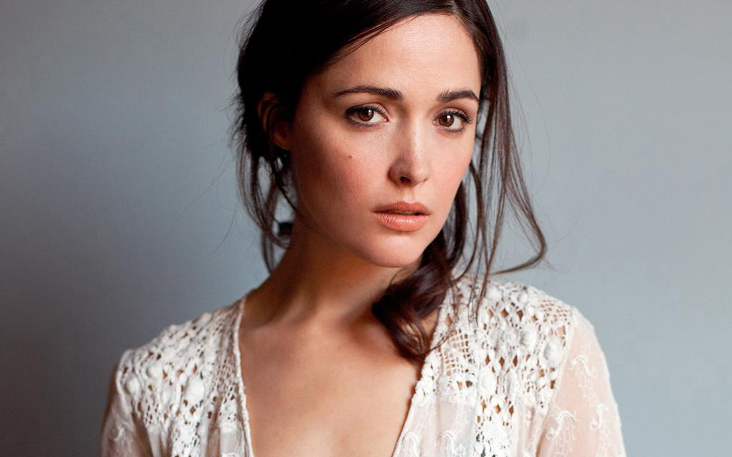Rose Byrne widescreen wallpapers