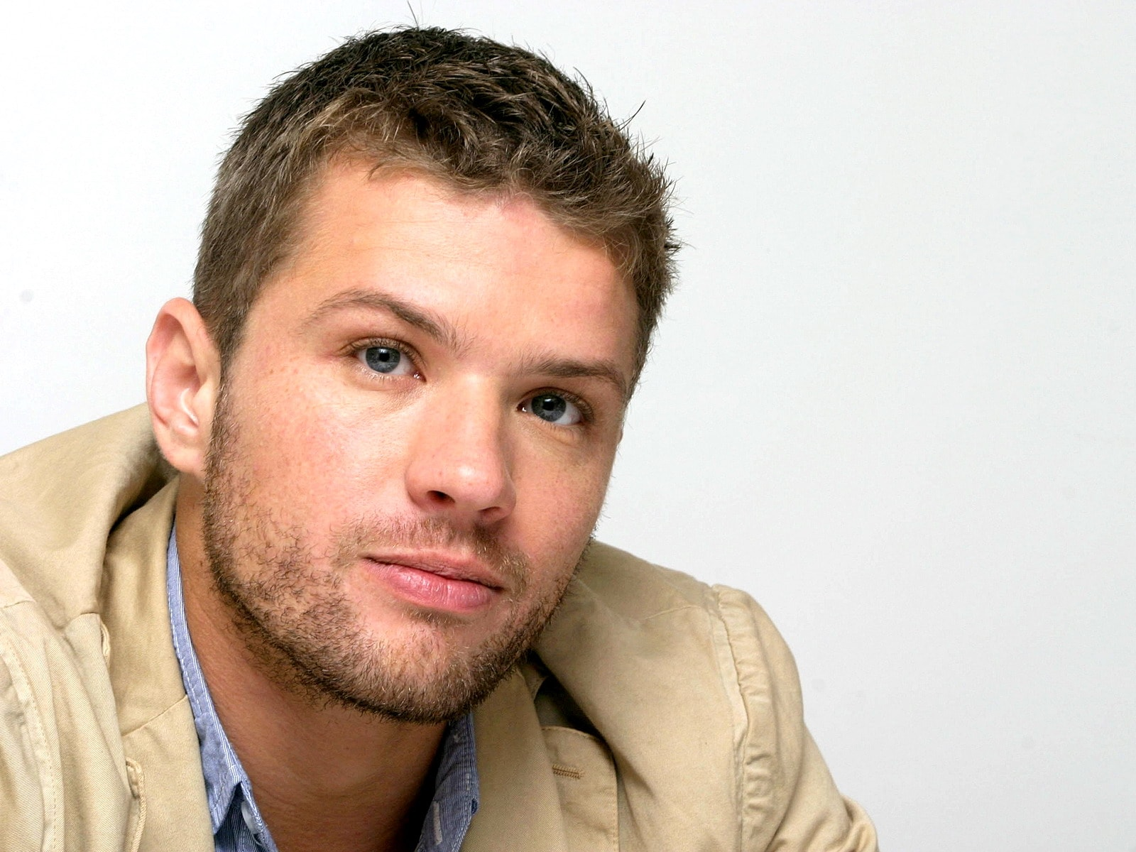 Ryan Phillippe widescreen wallpapers