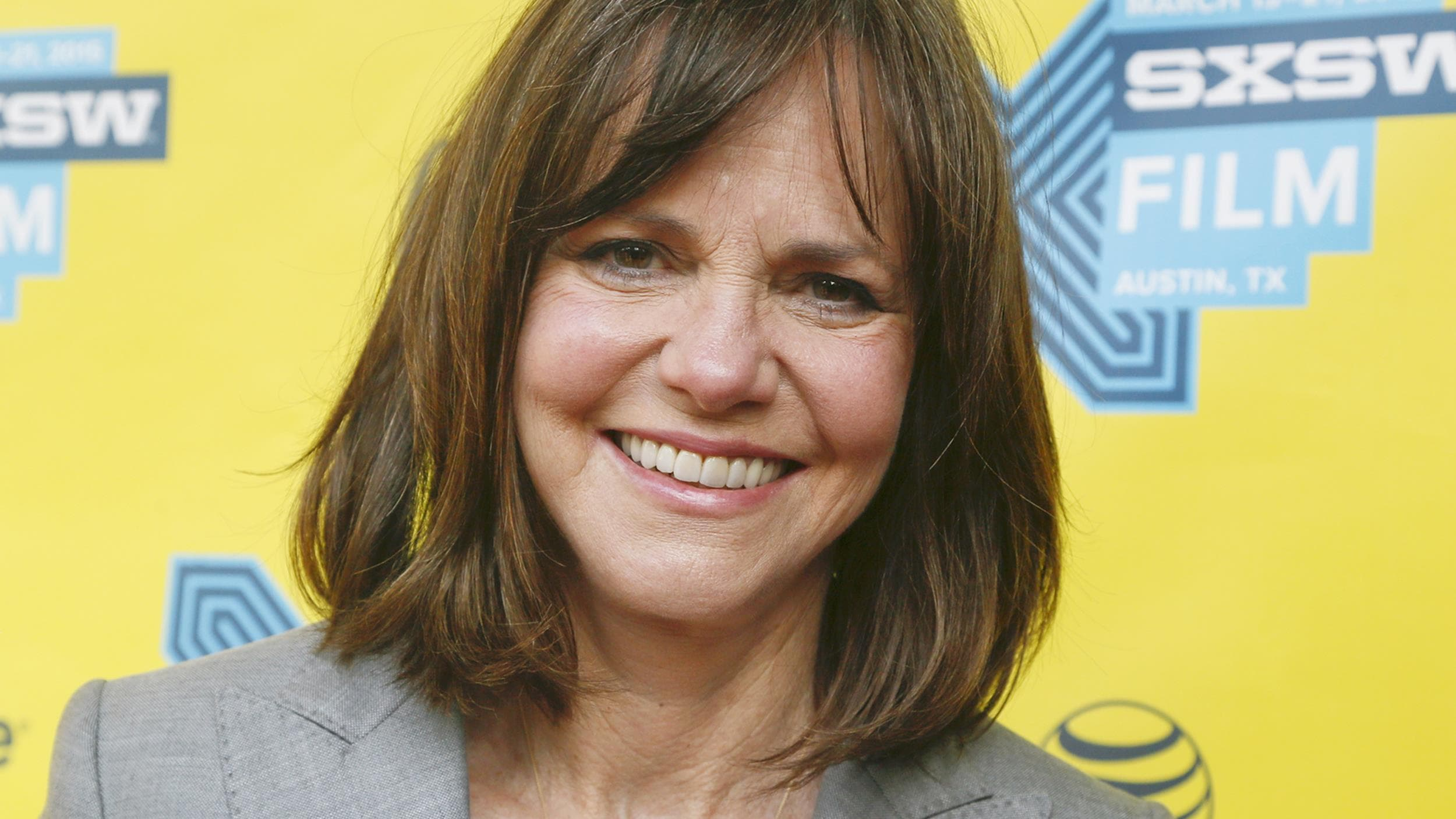 Sally Field widescreen wallpapers