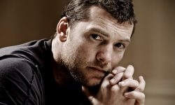 Sam Worthington widescreen wallpapers