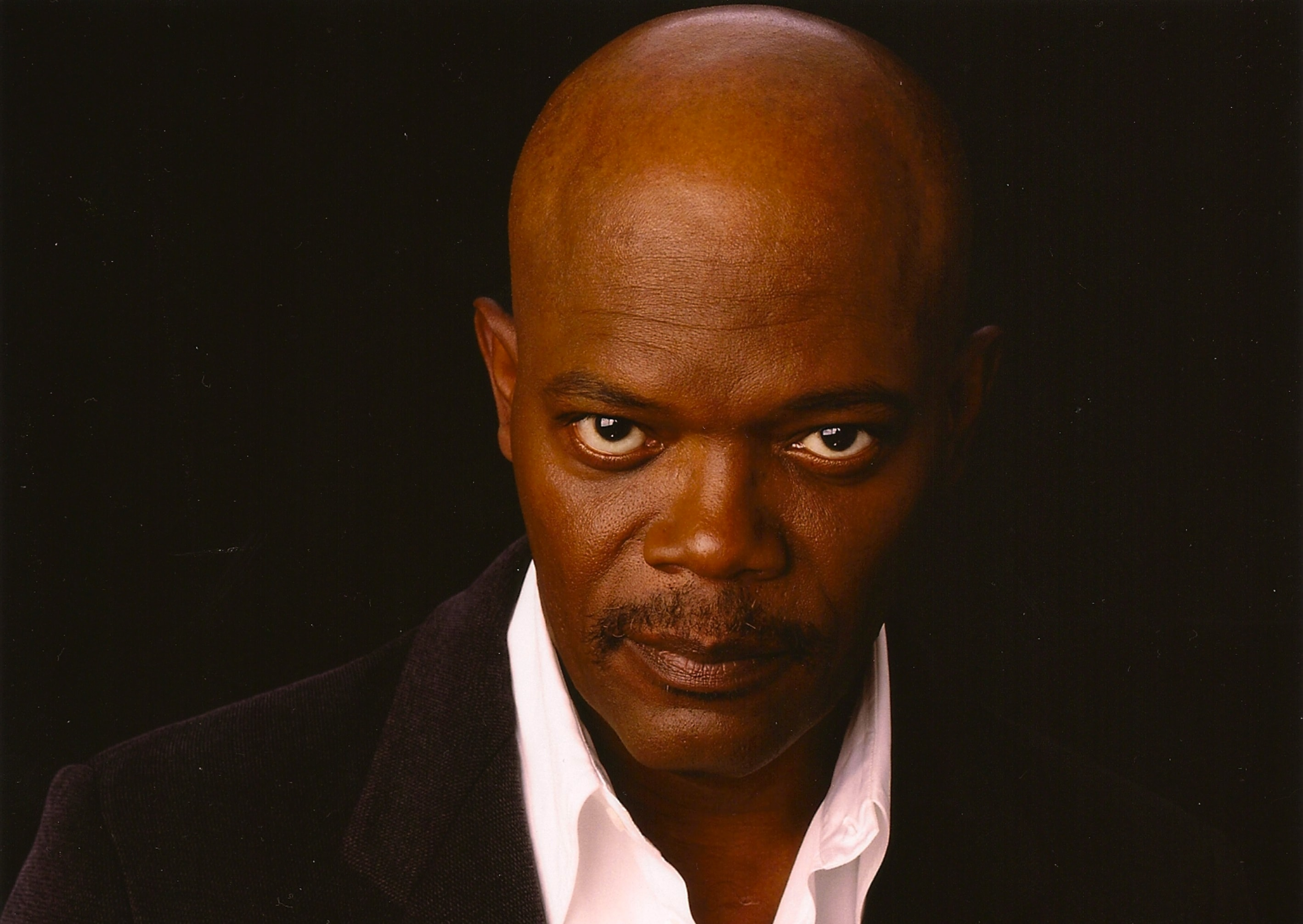 Samuel Jackson widescreen wallpapers