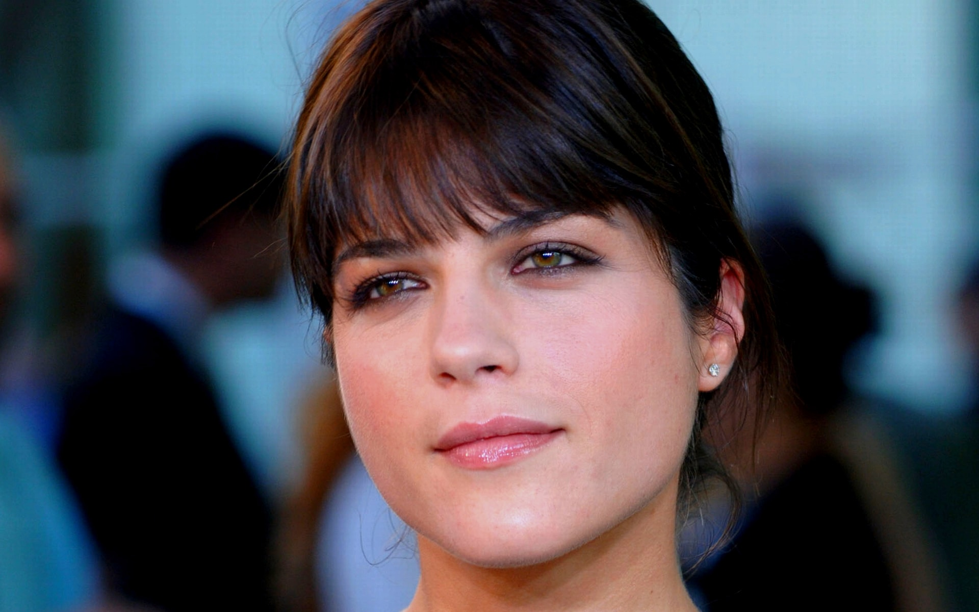 Selma Blair widescreen wallpapers