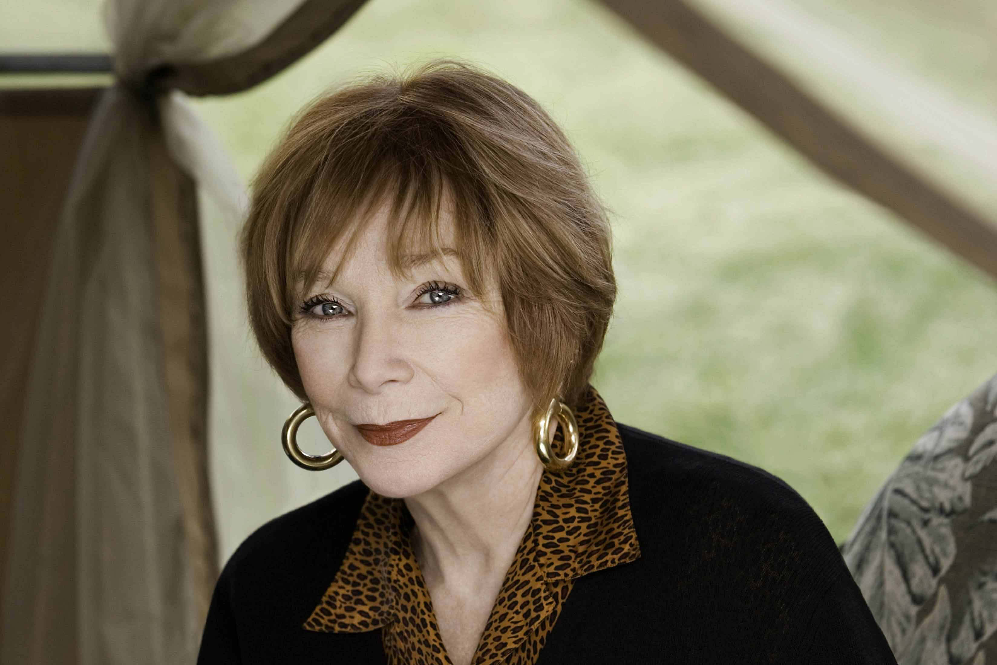 Shirley MacLaine widescreen wallpapers