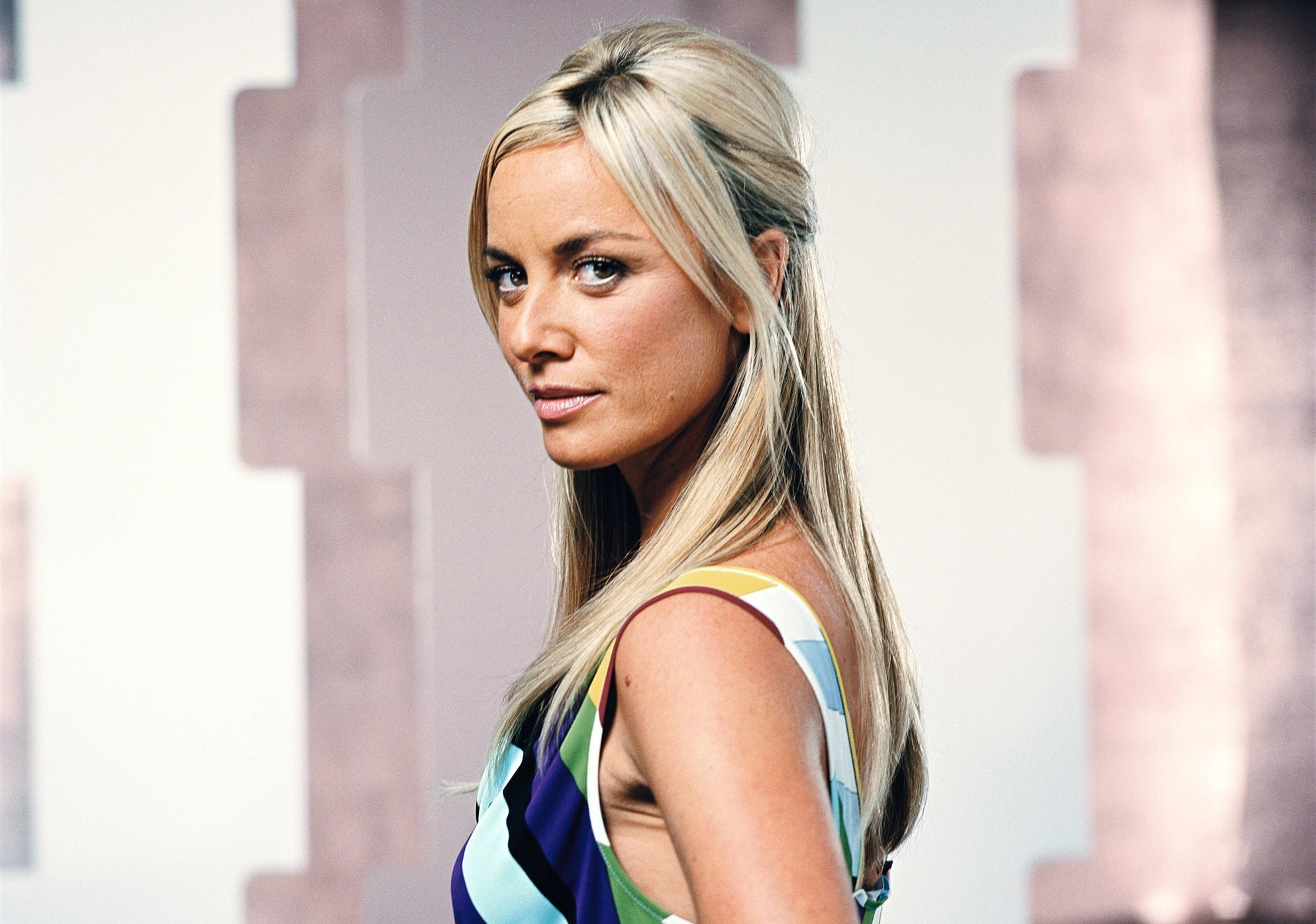 Tamzin Outhwaite widescreen wallpapers