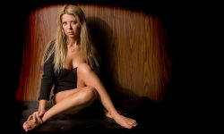 Tara Reid widescreen wallpapers