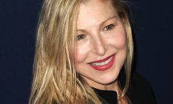 Tatum O'Neal widescreen wallpapers