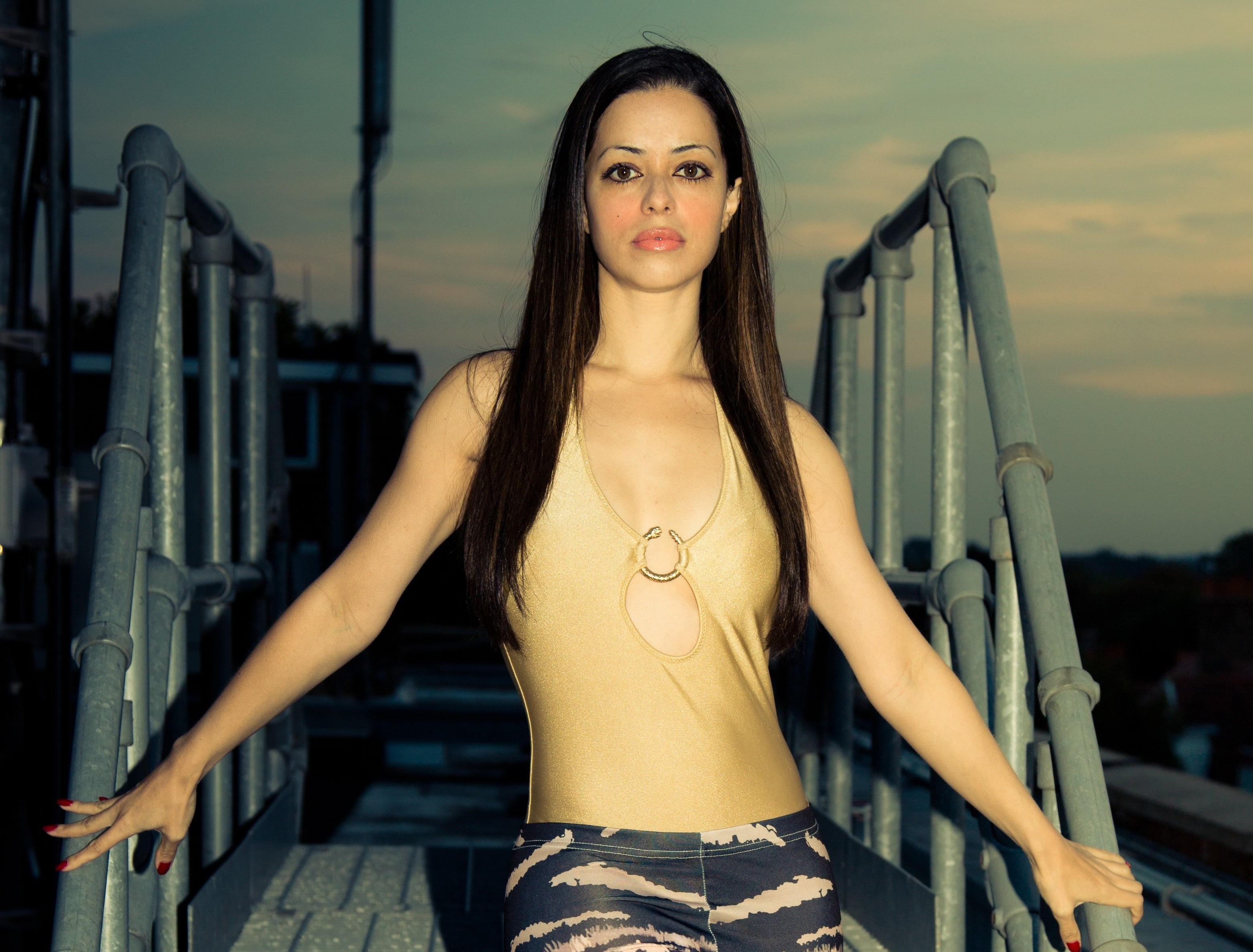 Tina Barrett widescreen wallpapers