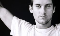 Tobey Maguire widescreen wallpapers