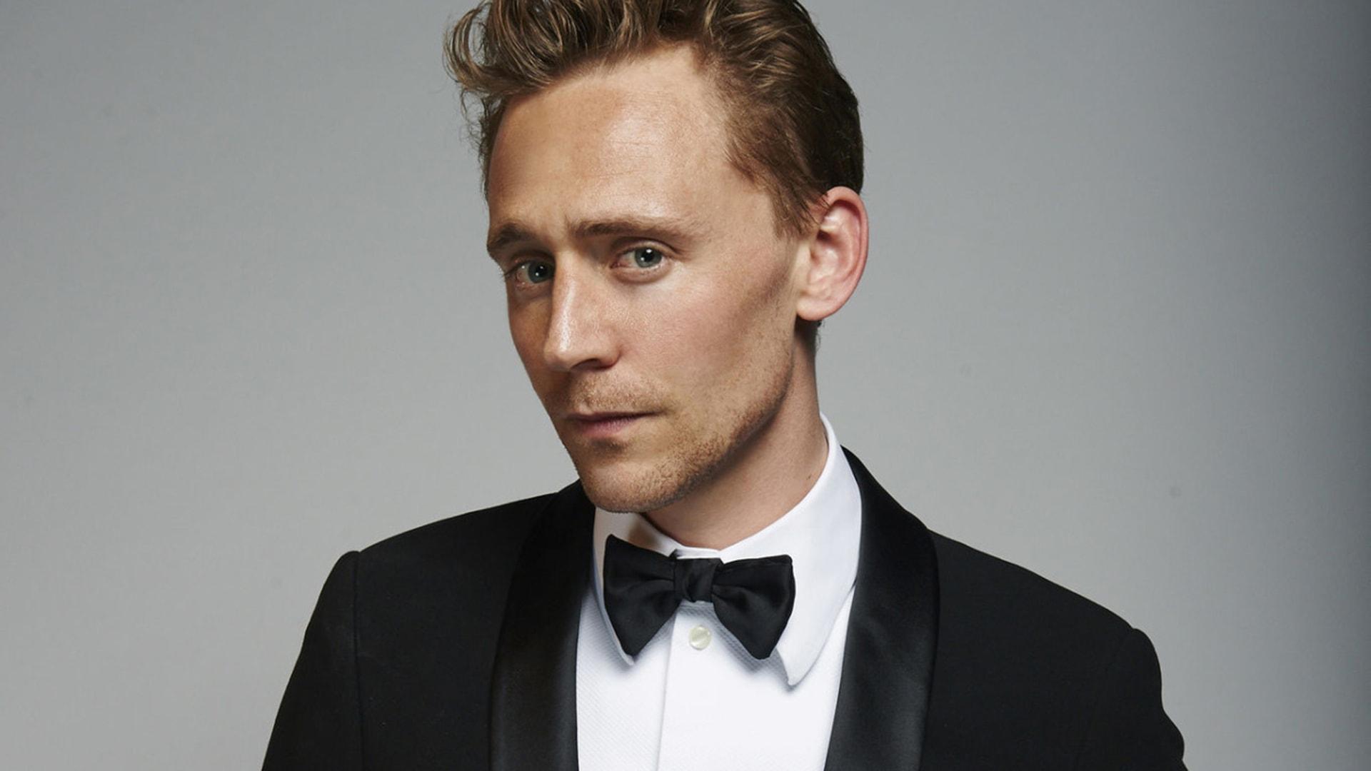 Tom Hiddleston widescreen wallpapers