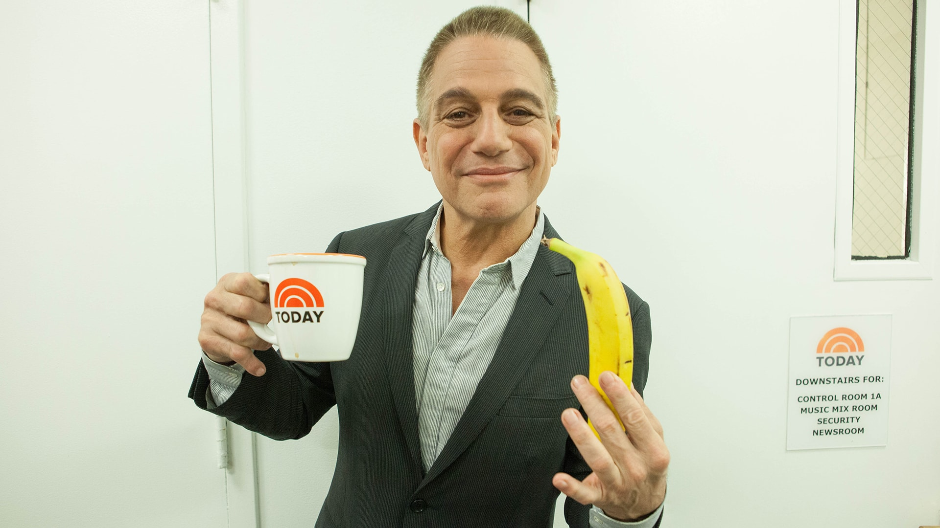 Tony Danza widescreen wallpapers