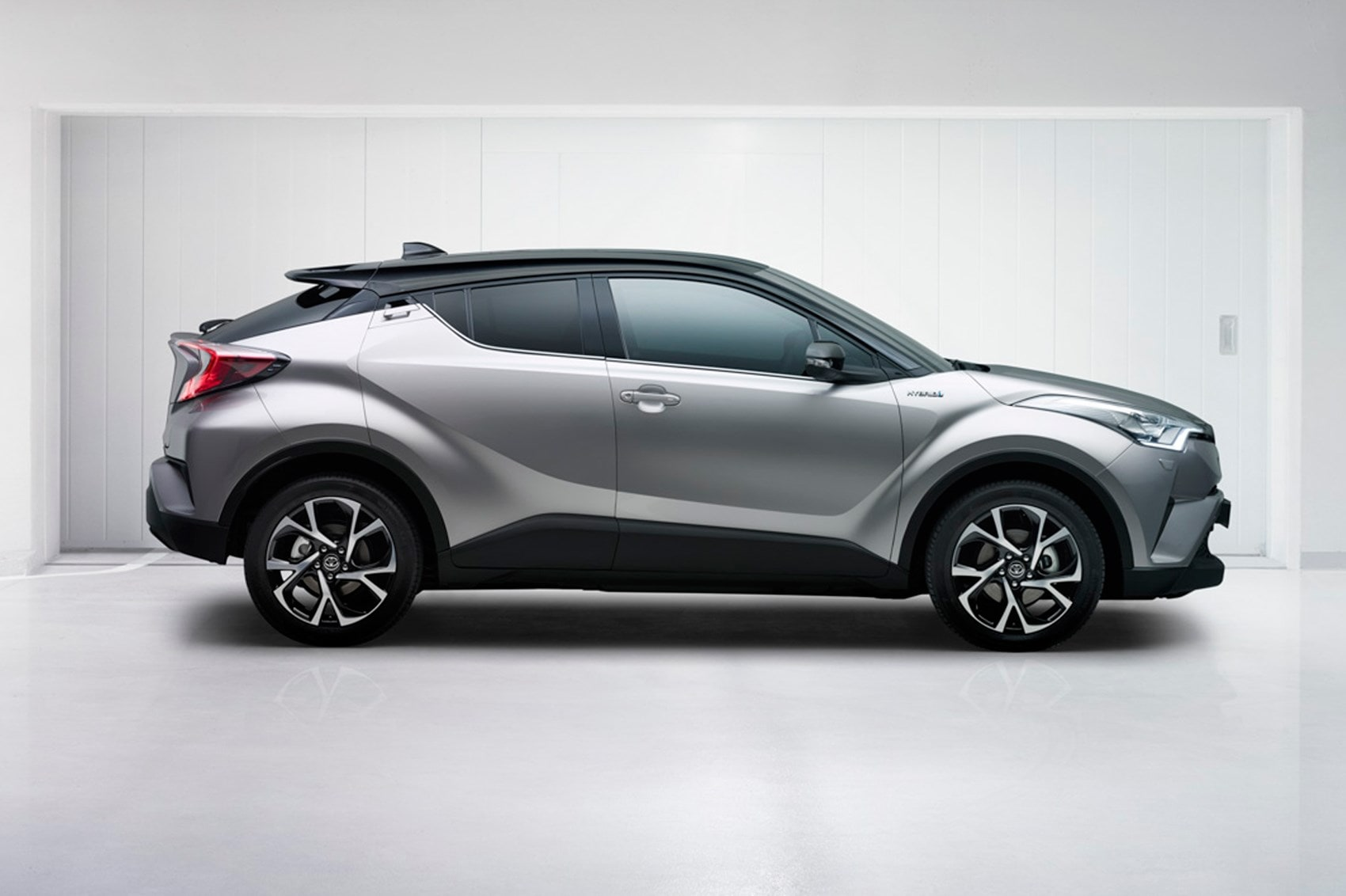 Toyota C-HR widescreen wallpapers