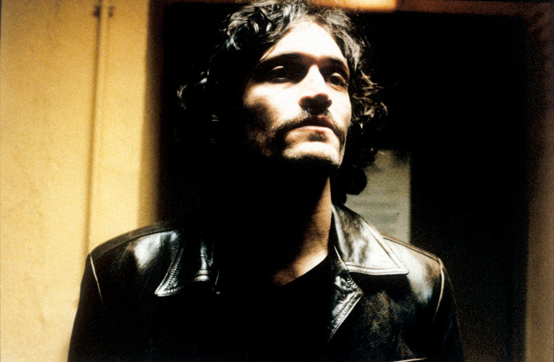 Vincent Gallo widescreen wallpapers