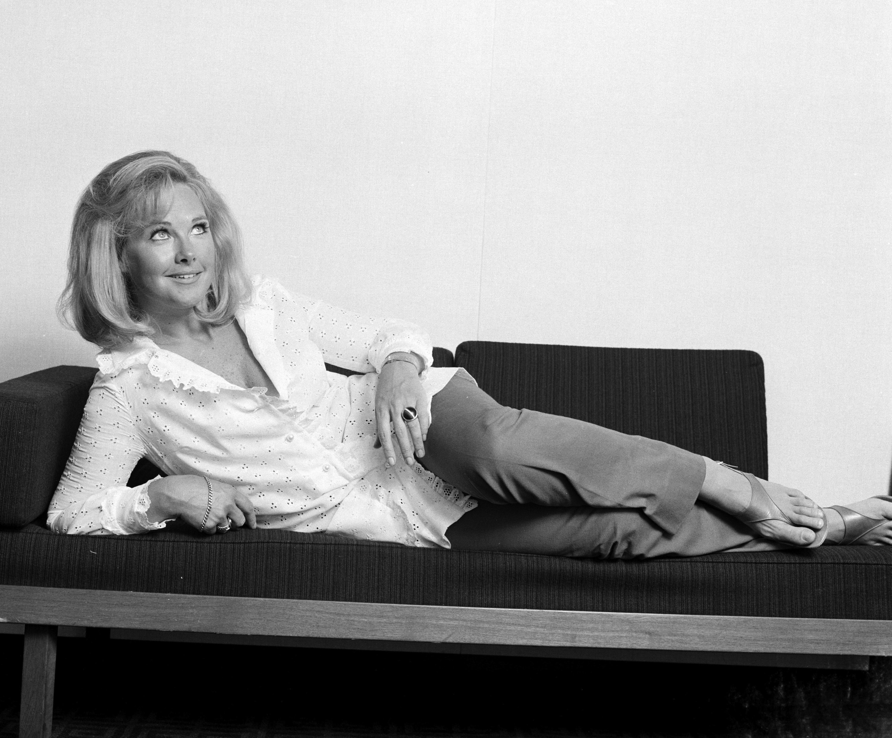 Wanda Ventham widescreen wallpapers