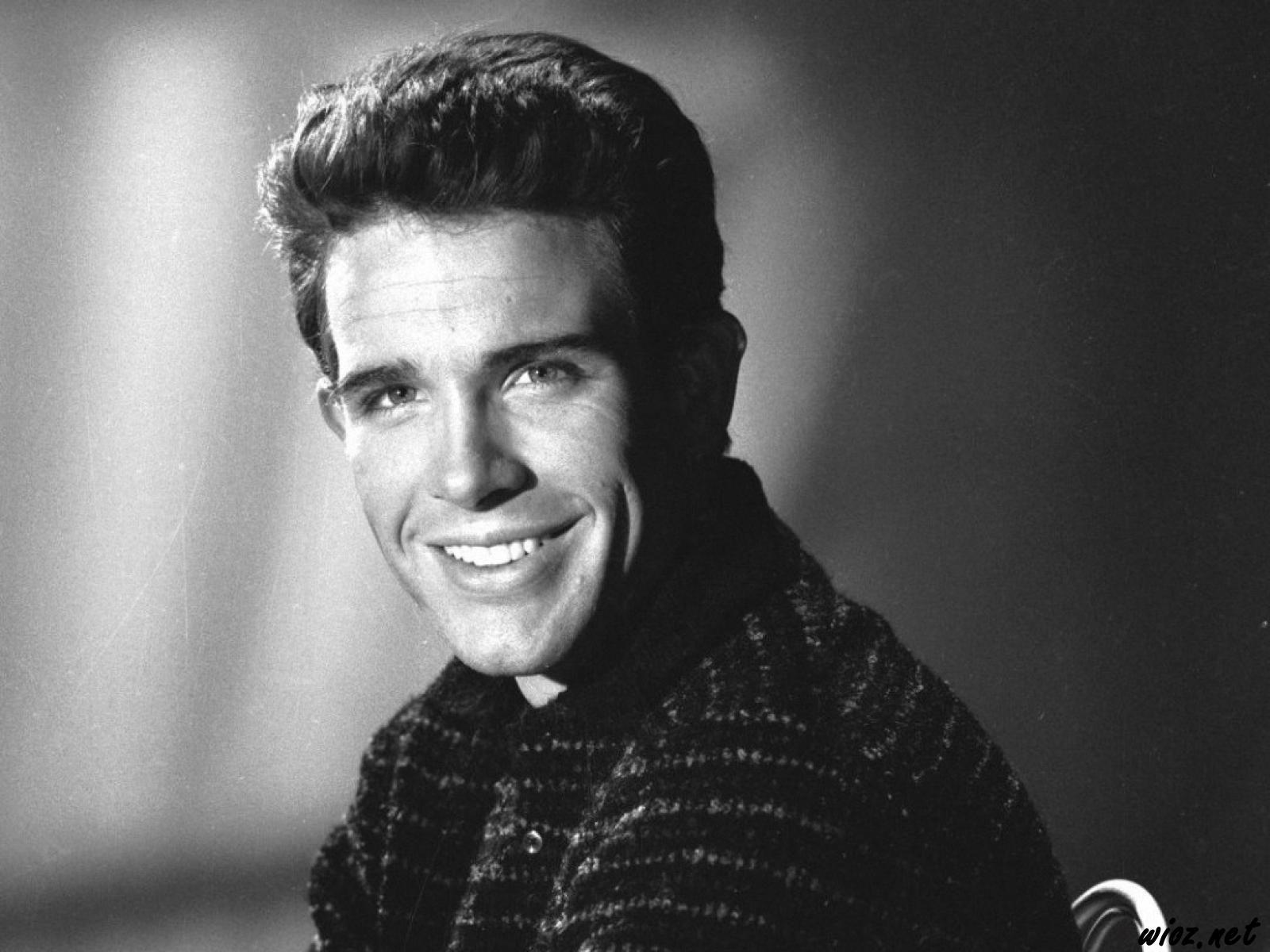 Warren Beatty widescreen wallpapers