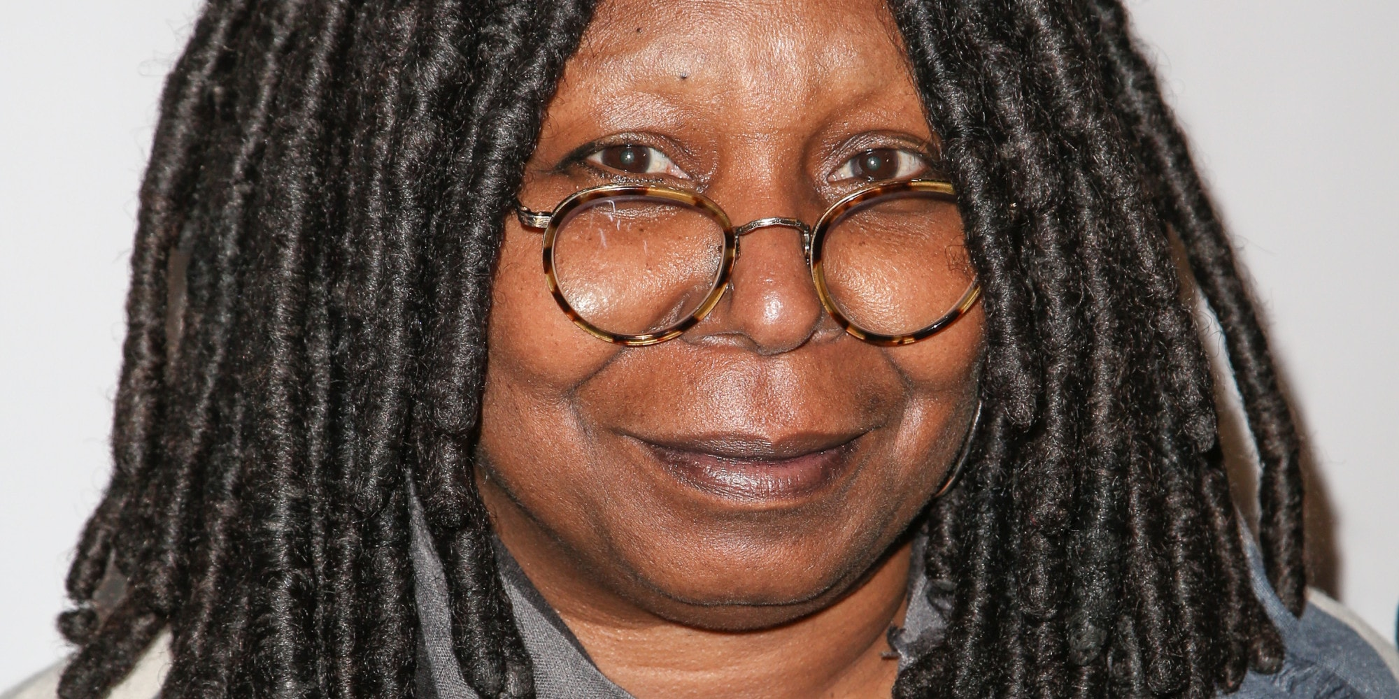 Whoopi Goldberg widescreen wallpapers