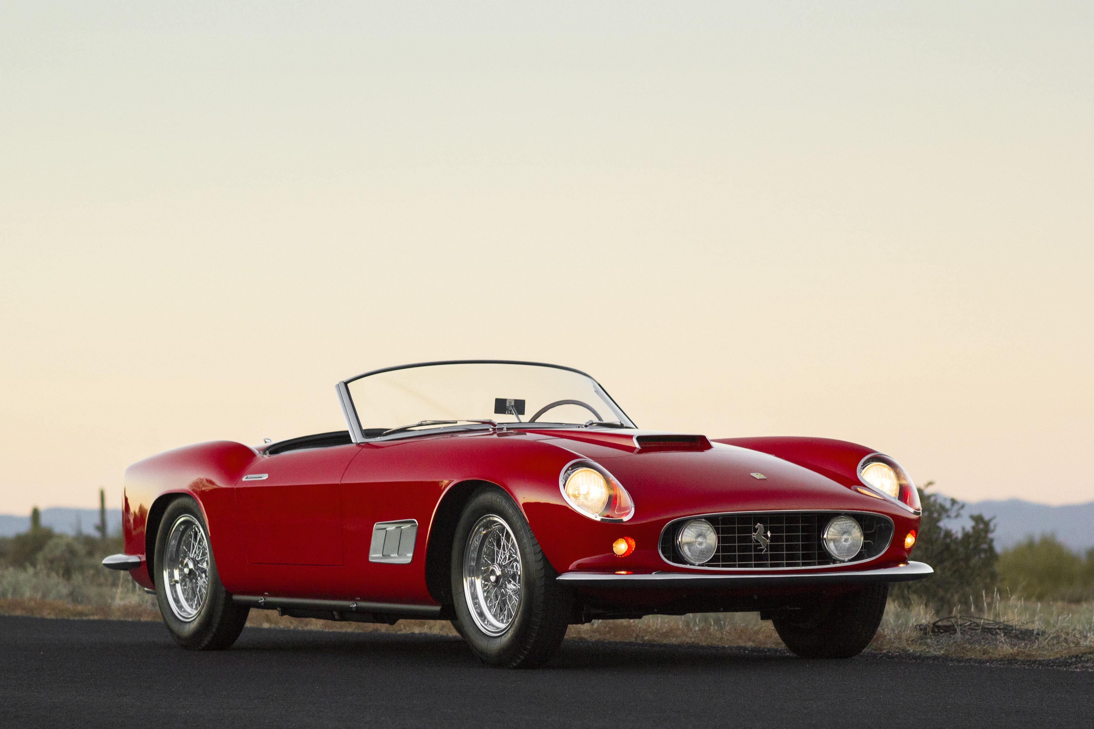 1961 Ferrari 250 GT California HD pictures
