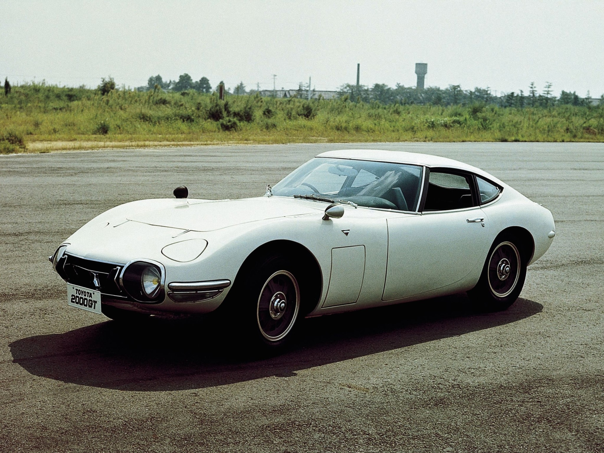 1967 Toyota 2000GT Pictures