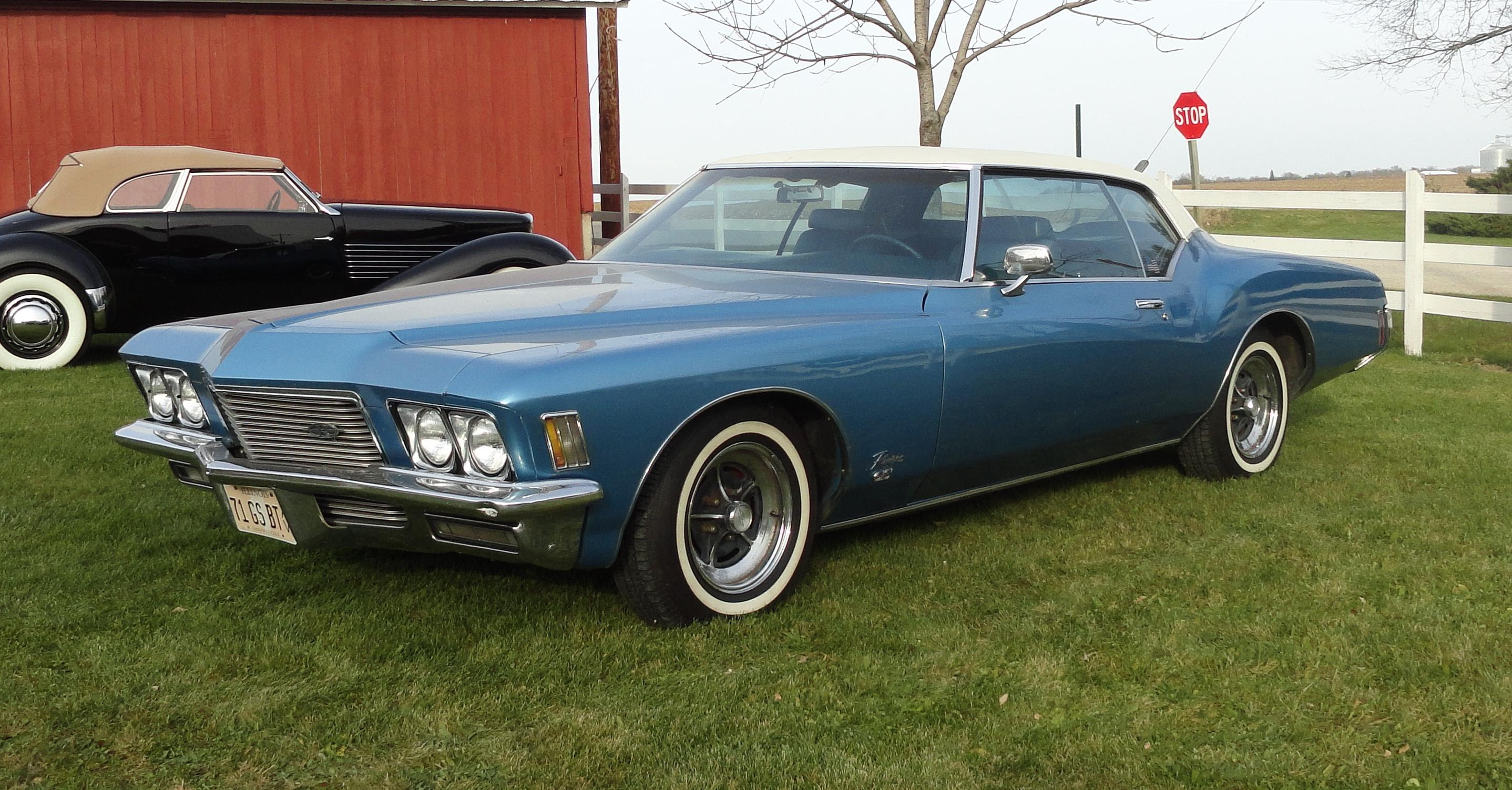 1971 Buick Riviera Pictures