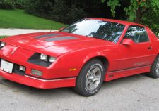 1985 Chevrolet Camaro IROC-Z Pictures