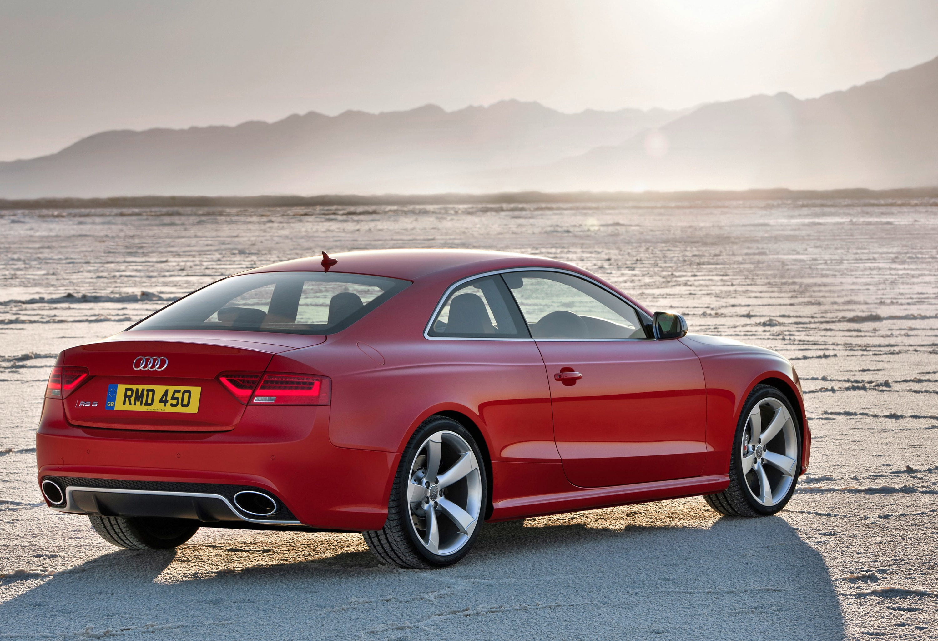 2012 Audi RS5 Pictures