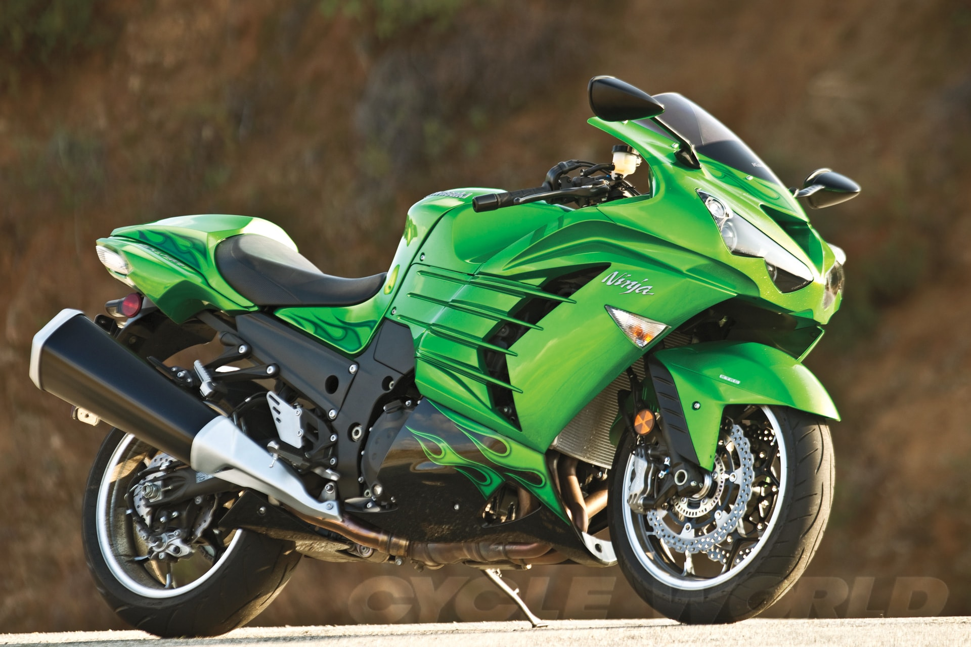 2012 Kawasaki Ninja ZX-14R HD Desktop Wallpapers | 7wallpapers.net