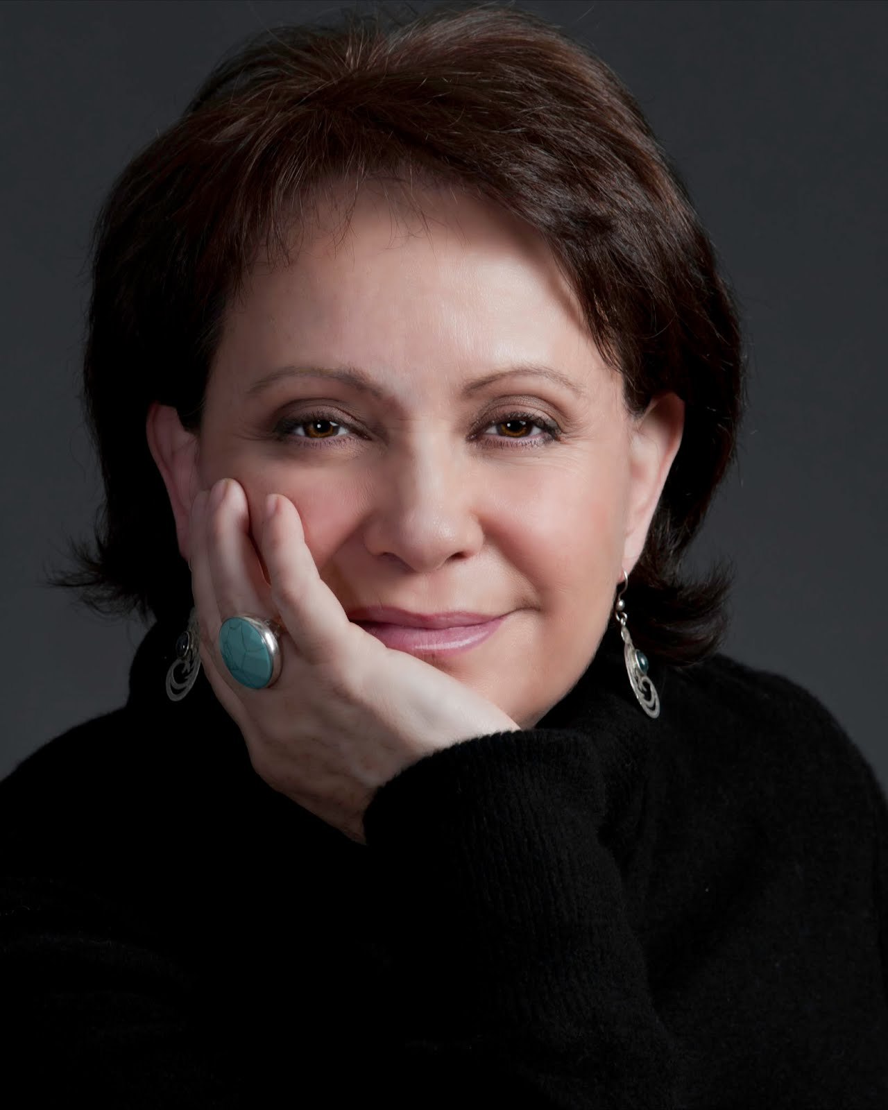 Adriana Barraza Pictures