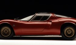 Alfa Romeo Tipo 33 Stradale Pictures