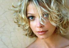 Amanda Detmer Pictures