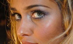 Ana Beatriz Barros Pictures