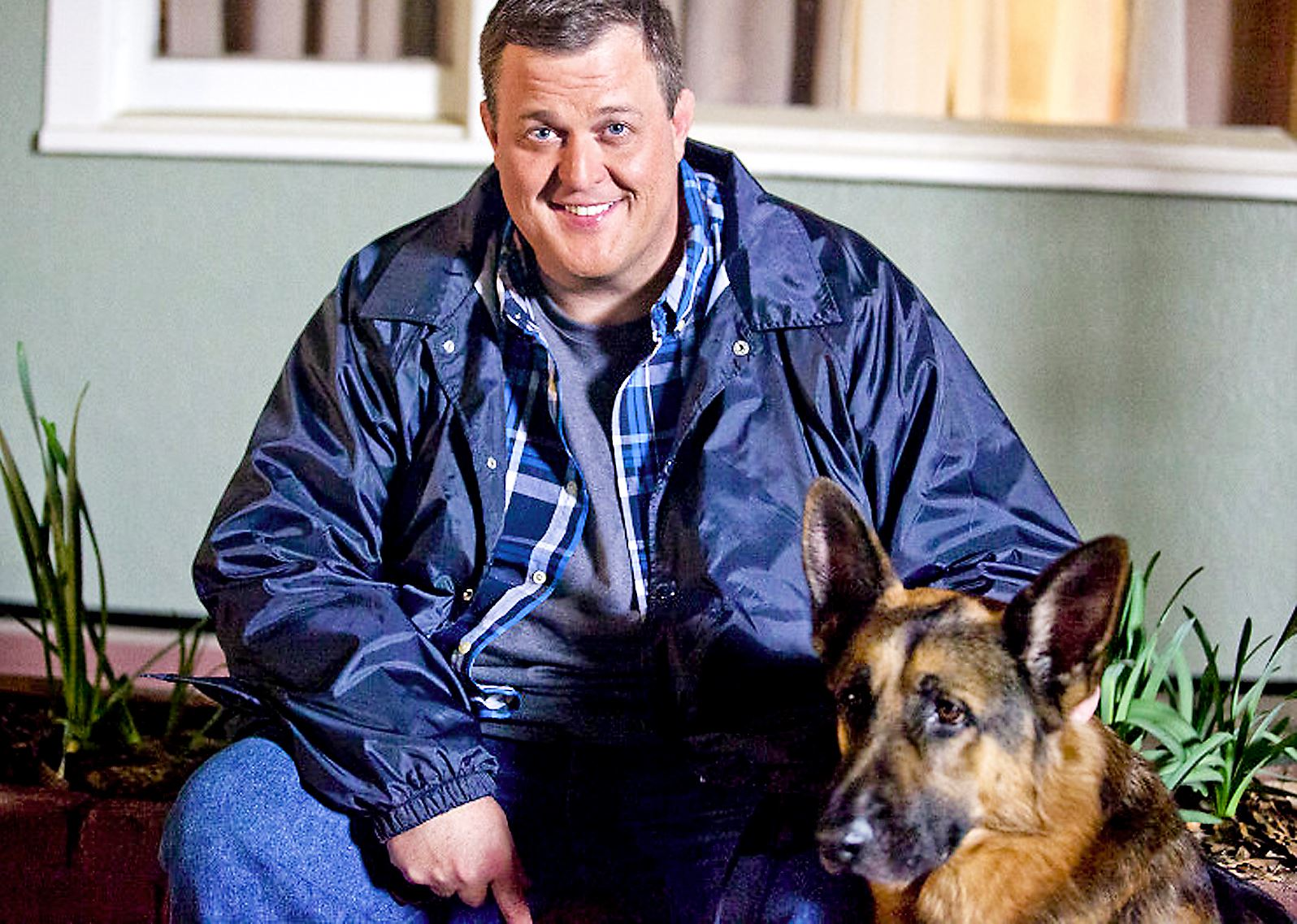 Billy Gardell Pictures