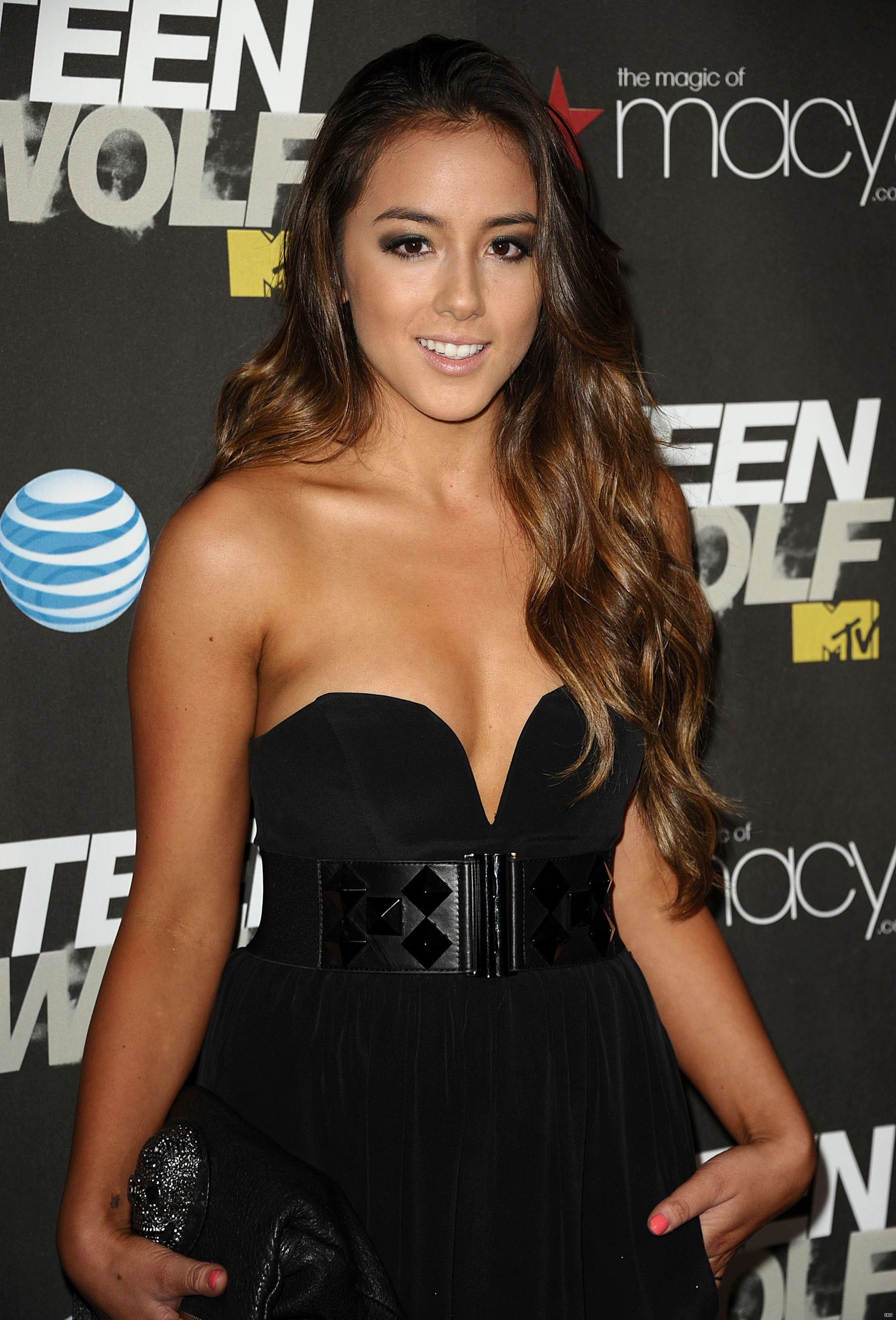 Chloe Bennet Pictures