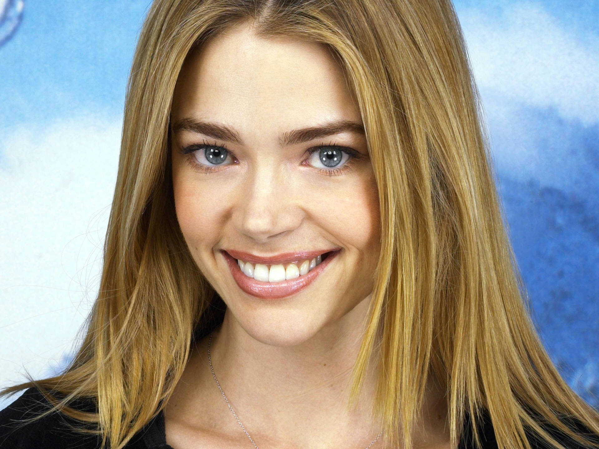 Denise Richards Pictures