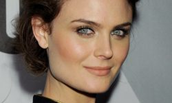 Emily Deschanel Pictures