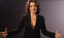Erica Durance Pictures