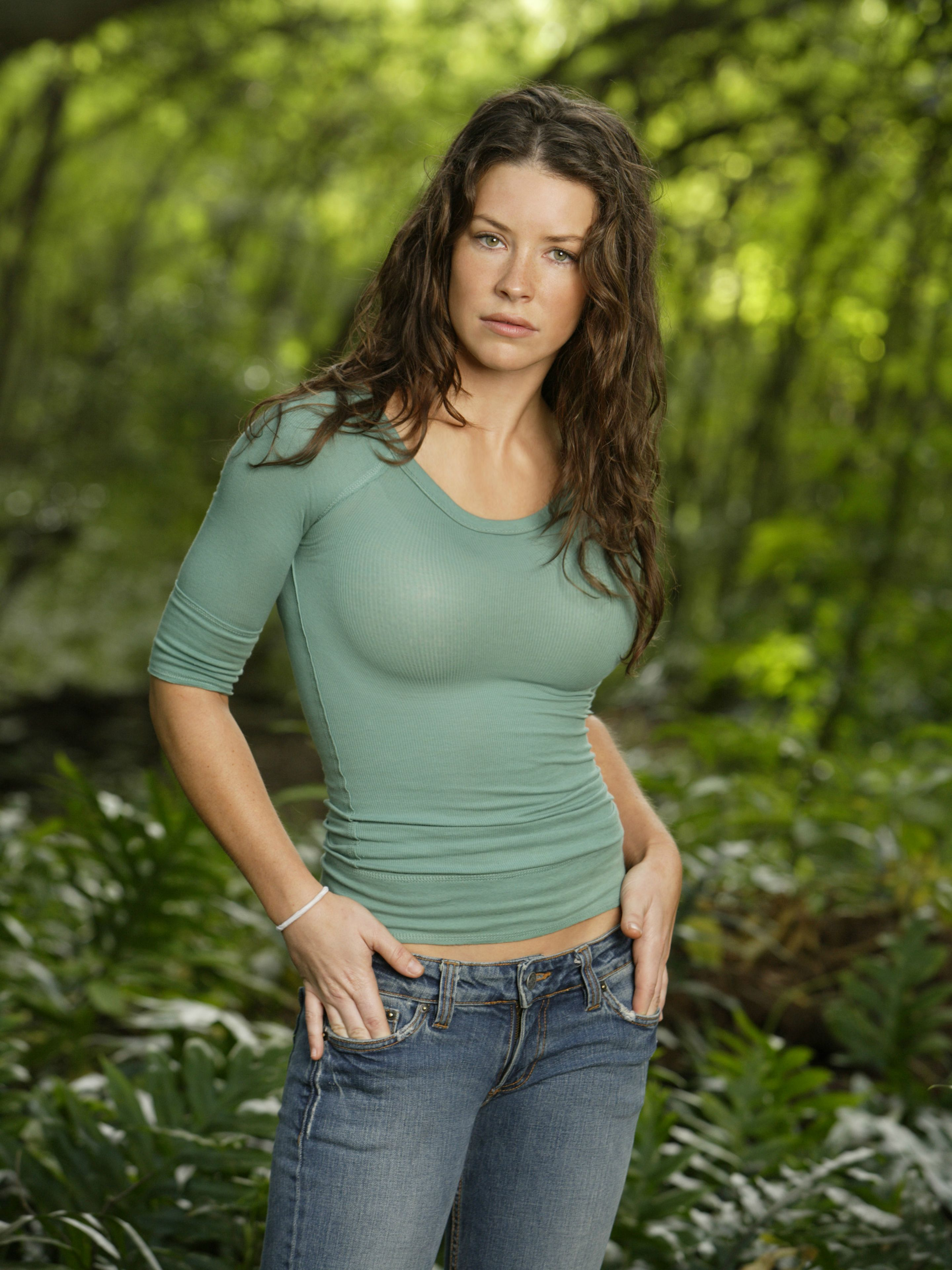 from Hamza naked photos of evangeline lilly