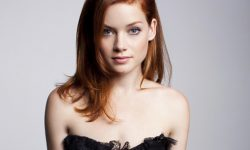 Jane Levy Pictures