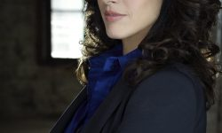 Jennifer Beals Pictures