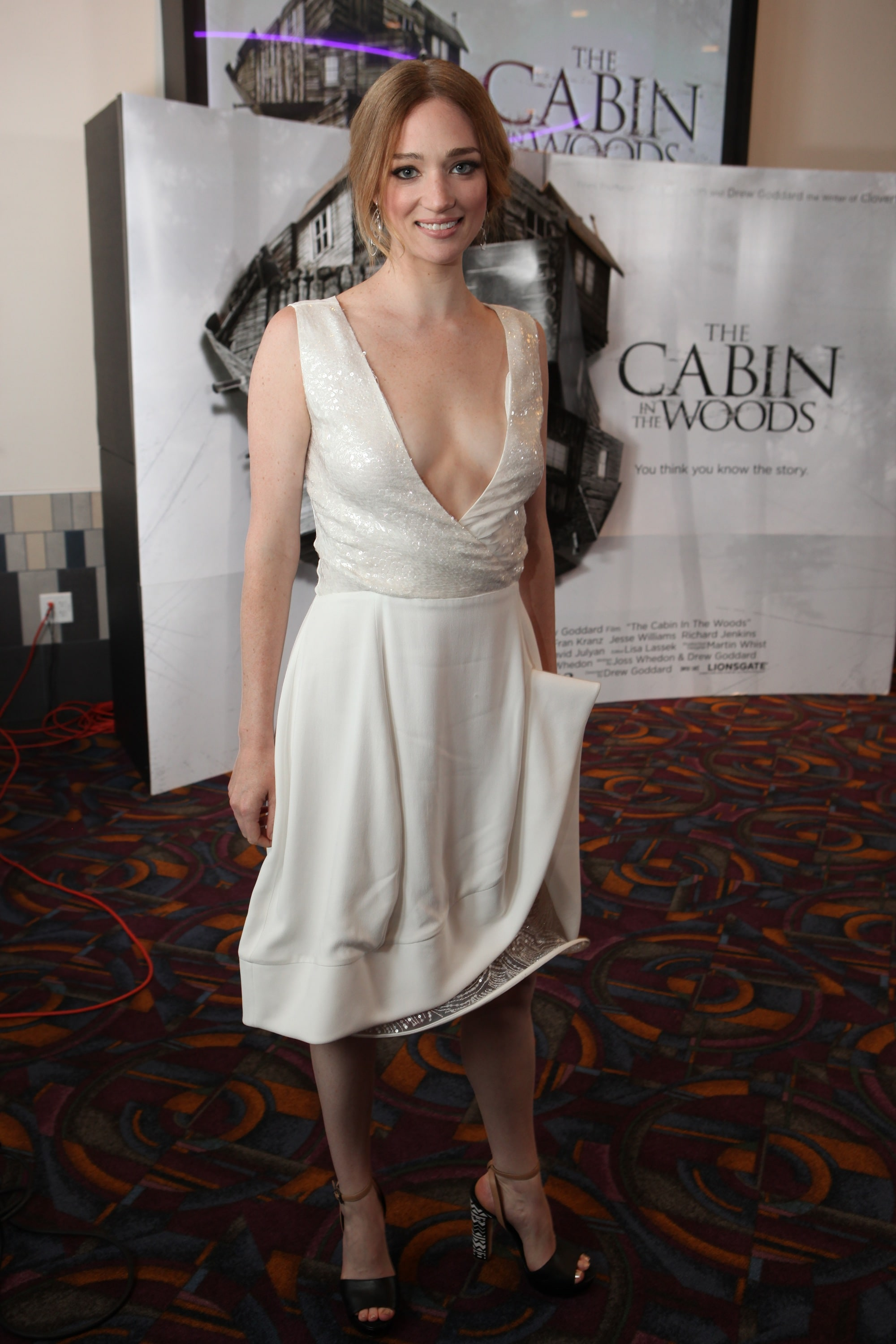 Kristen Connolly Pictures