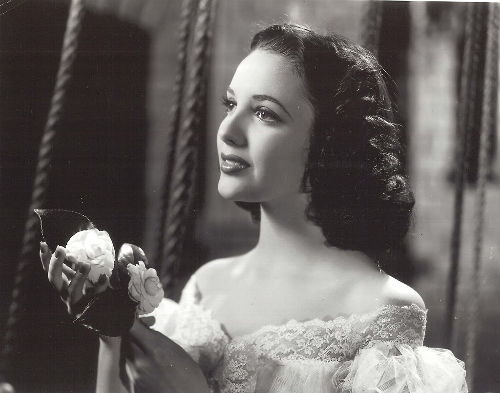 Linda Darnell Pictures