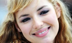 Louise Bourgoin Pictures
