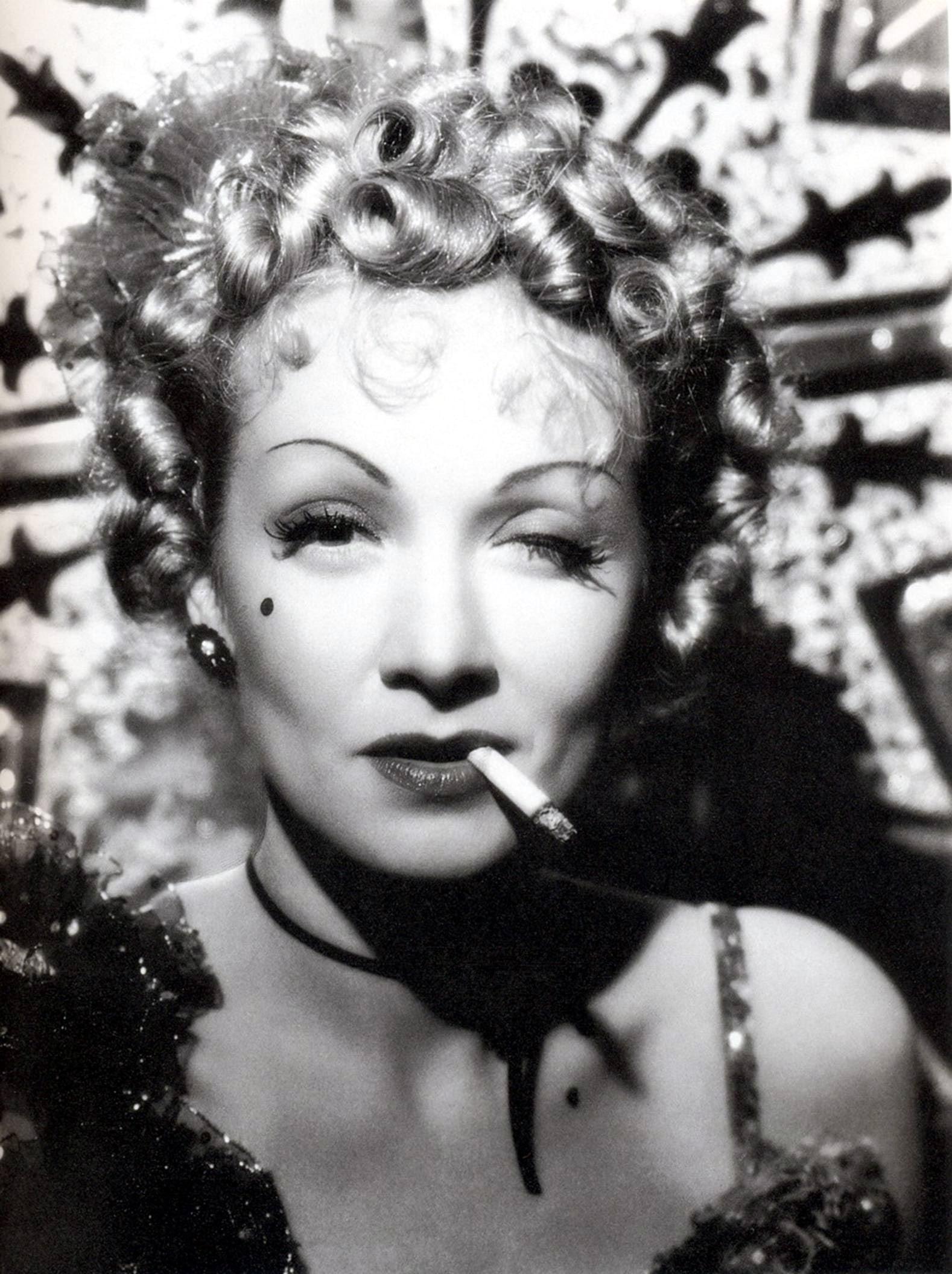 Marlene Dietrich Pictures